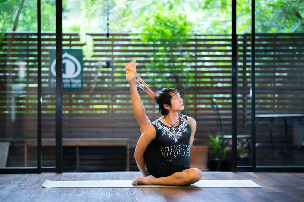 Elastic Band Yoga Class with Lek at Wild Rose Yoga Studio Chiang Mai Thailand